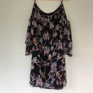 NWT WHBM cold shoulder floral shift dress